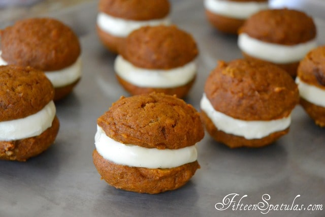 Pumpkin Spice Whoopie Pies with Vanilla Cream Cheese Filling ...