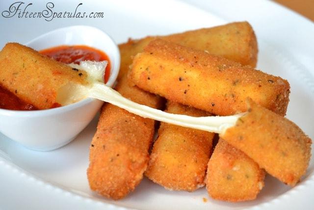 Homemade Mozzarella Sticks – Fifteen Spatulas