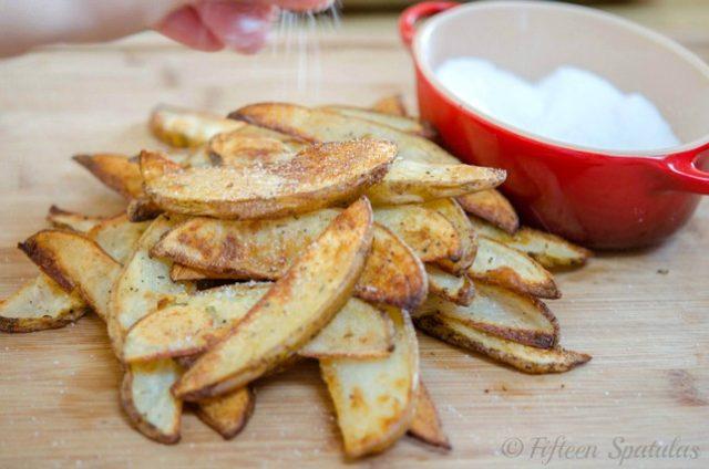 thick cut garlic herb steak fries sprinkled with sea salt