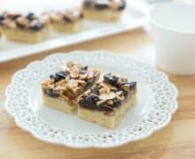 Florentine_Cookie_Bars_Recipe_fifteenspatulas_2