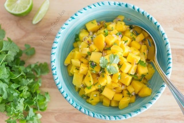 Mango_Salsa_Recipe_fifteenspatulas_3