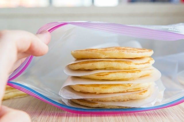 How-To-Freeze-Pancakes-Fifteen-Spatulas2