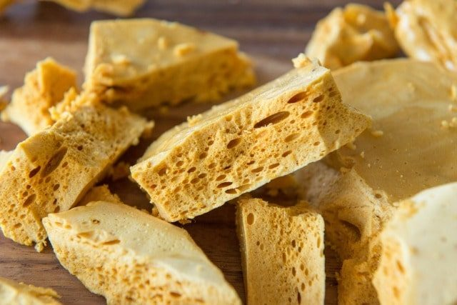 homemade-honeycomb-candy-00a