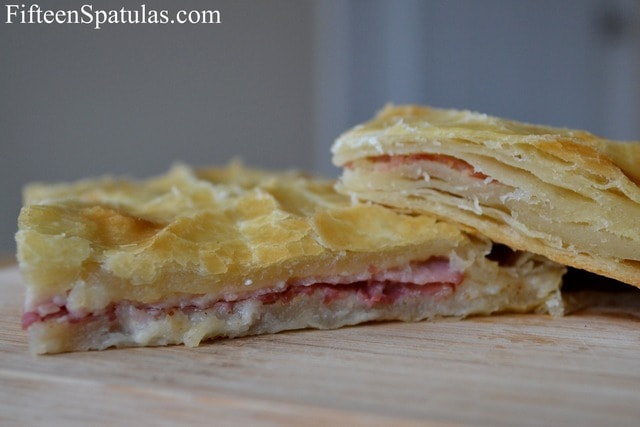 Squares of Puff Pastry Filled with Ham and Cheese