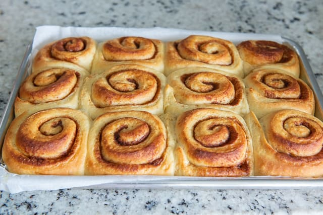 Easy Cinnamon Rolls - Make most of it the night before, let it rise overnight, then bake in the morning