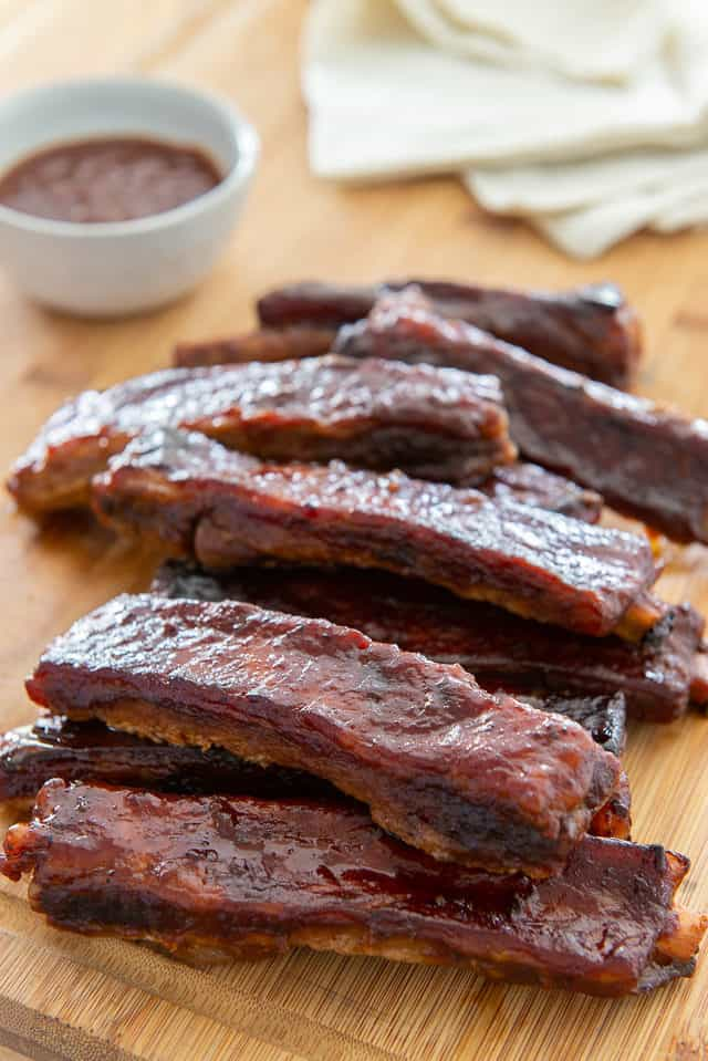 Spare Ribs - Made in the Oven with BBQ Sauce