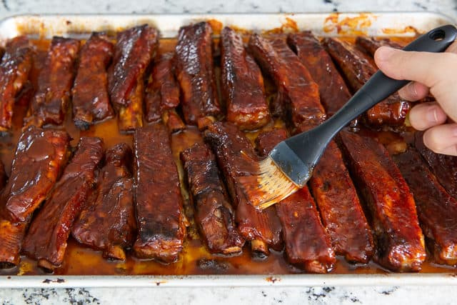 Spare Ribs Recipe Oven - With Storebought Barbecue Sauce