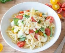 Caprese Pasta Salad is a great make-ahead dish, and perfect for a picnic!