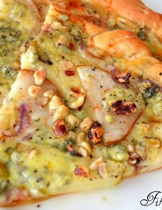 Caramelized Pear and Gorgonzola Pizza