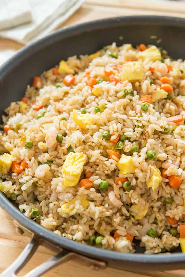 Fried Rice - Takes less than 20 minutes to make! #friedrice #chinese #rice
