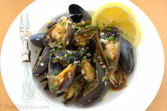White Wine Mussels @fifteenspatulas
