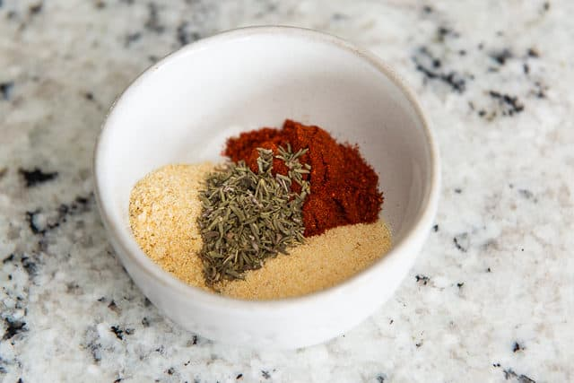 Spice mixture for chicken - garlic powder, onion powder, paprika, and thyme