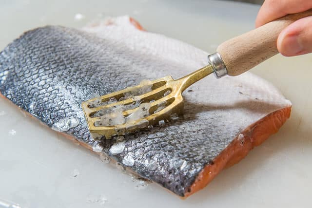 How to Descale a Fish - Cooking Salmon with Skin