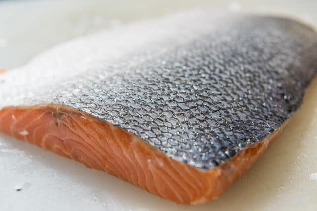 Crispy Skin Salmon - How to Remove Scales