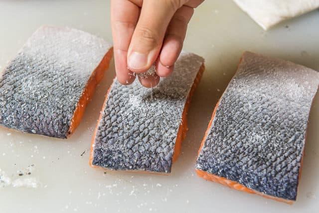 Seasoning The Skin with Salt