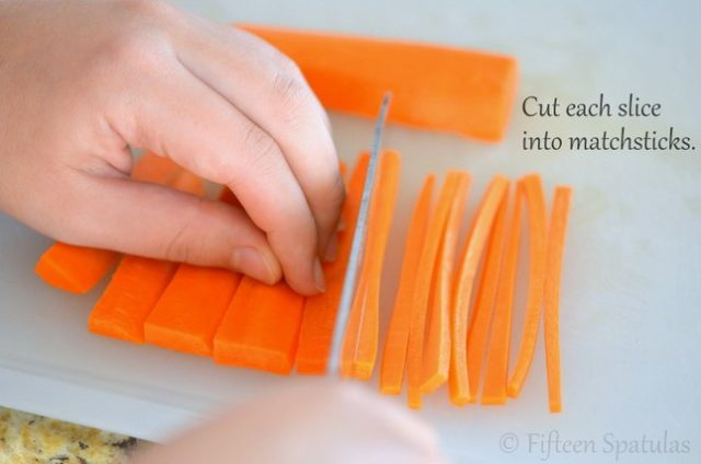 Cutting Carrots into thin Matchsticks
