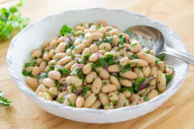 White Bean Salad Recipe - Easy 5 to 10 minute prep