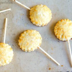 Cheddar Apple Pie Pops