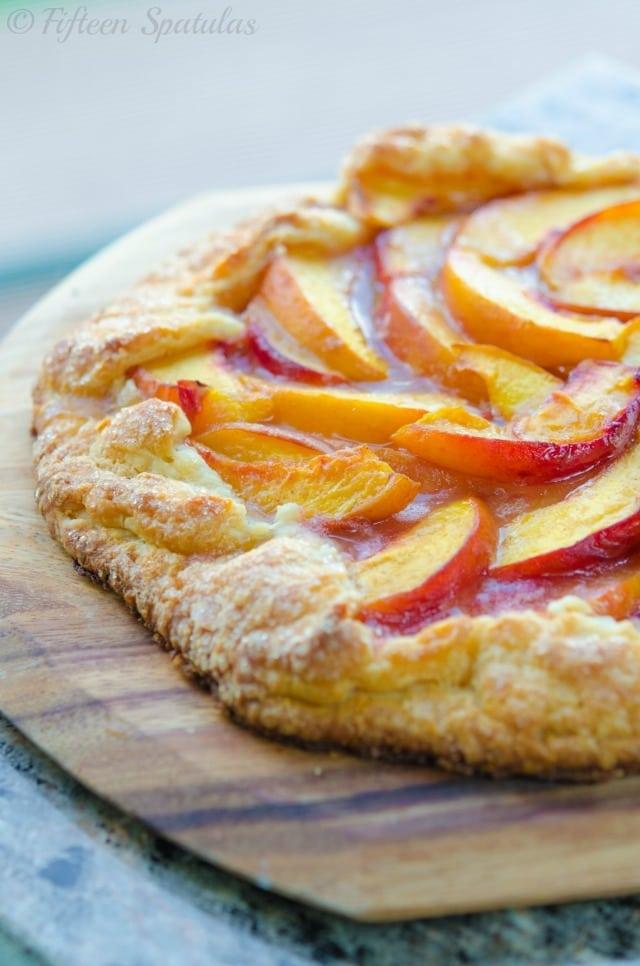 Fresh Peach Crostata - Fifteen Spatulas