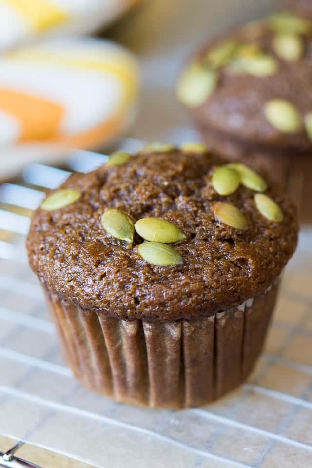Pumpkin Spice Muffins #muffins #pumpkin #baking #dessert