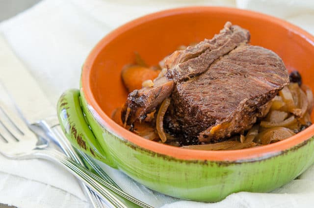 Easy Slow Cooker Short Ribs Served in Green Bowl with Veggies