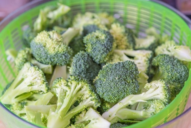Easy Best Broccoli Salad Recipe