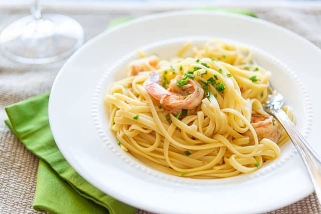 Shrimp and Linguine - A Quick and Easy Dinner Recipe
