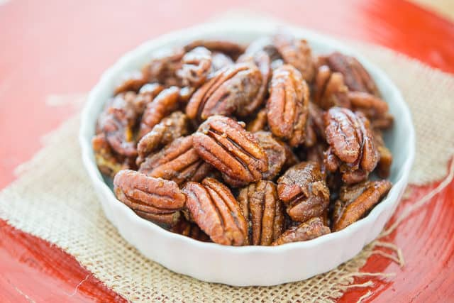 Candied Pecans Recipe - Candied pecans for Salad