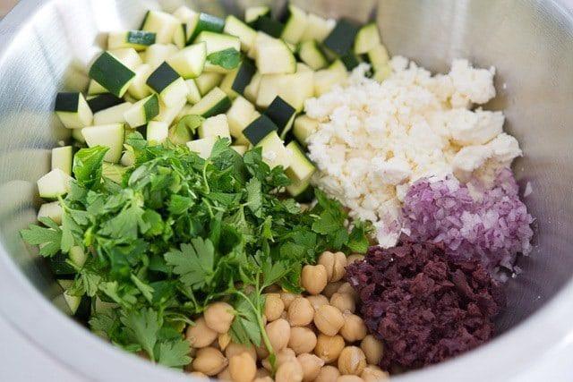 Greek_Zucchini_Salad_Recipe_fifteenspatulas_1