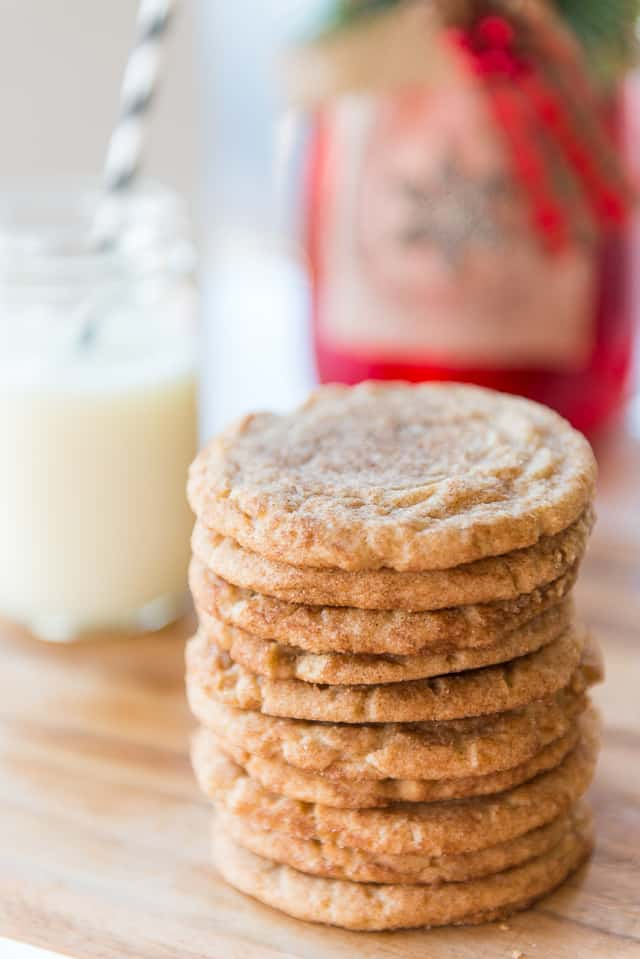 Snickerdoodles - One of the best cookies of all! #snickerdoodles #cookies #snickerdoodle #baking #Christmascookies