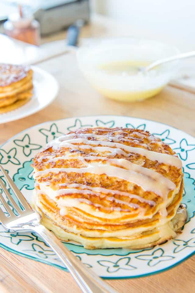 Cinnamon Roll Pancakes are perfect for an indulgent weekend brunch! #pancakes #breakfast #brunch #brunchrecipes