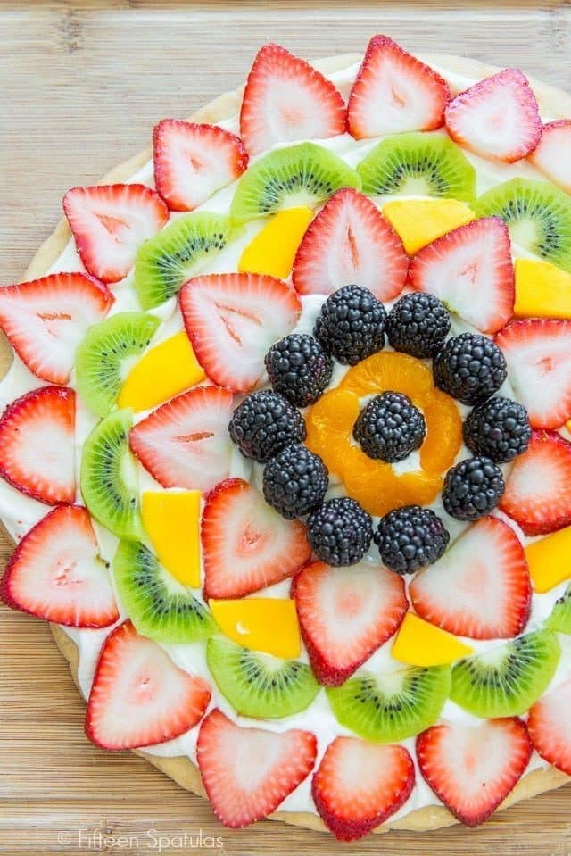This Easy Fruit Pizza recipe is perfect for parties, entertaining, and for kids!