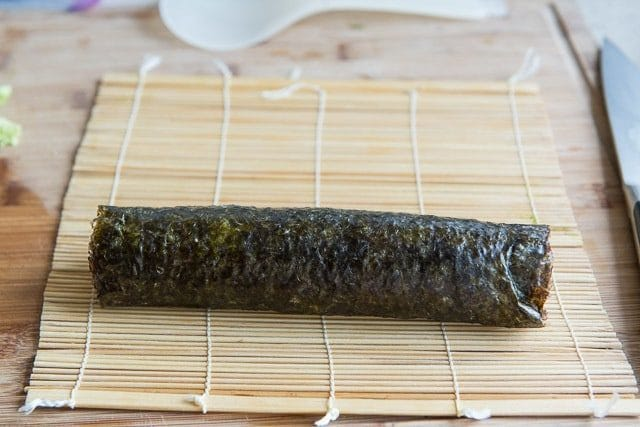 How to roll sushi with a bamboo mat