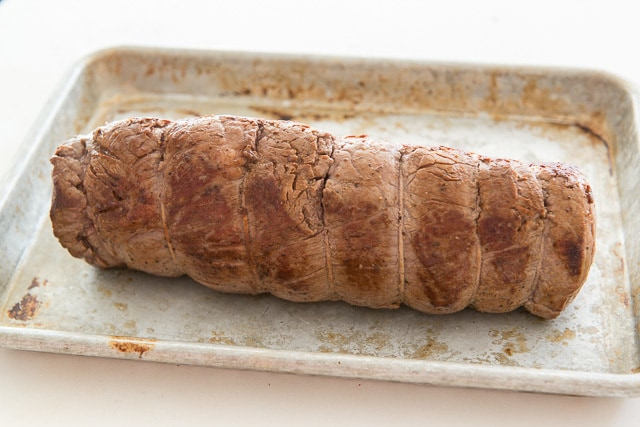How to Make Roasted Beef Tenderloin