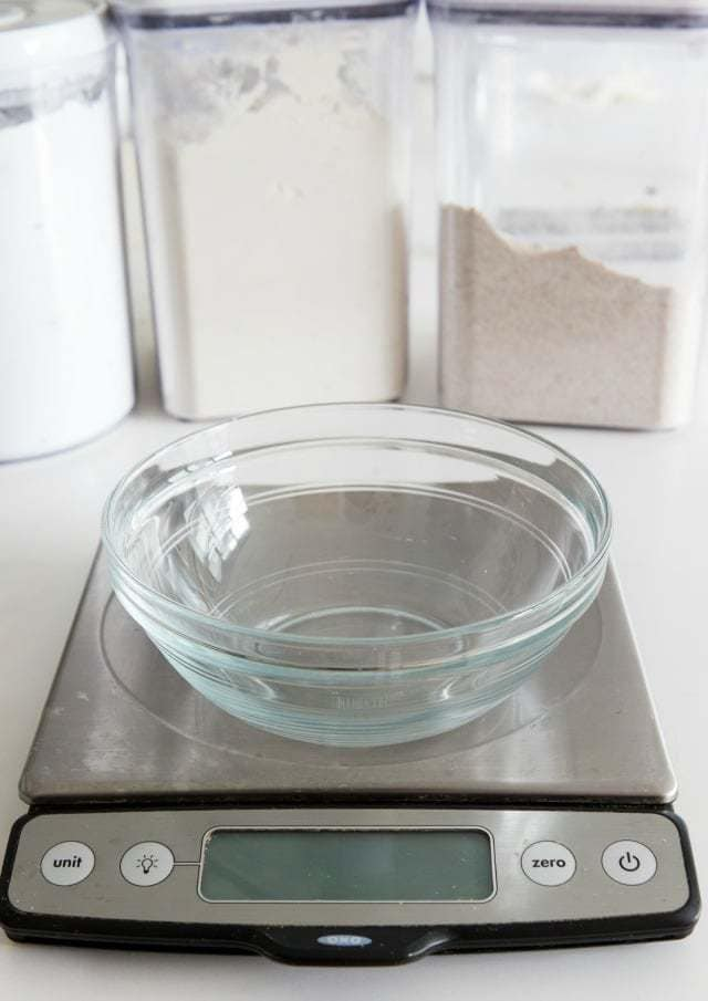 Why i love having a kitchen scale for Kitchen scale for baking