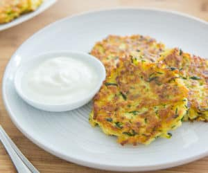 10-minute Healthy Zucchini Fritters Recipe
