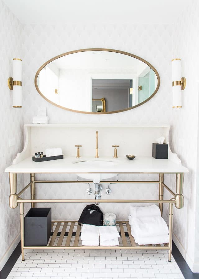 Gold And White Bathroom In Hotel LeVeque, Columbus Ohio