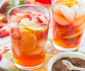 Homemade Iced Tea with Strawberries and Rooibos
