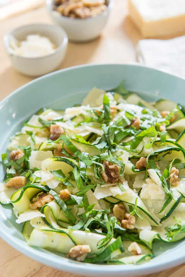 This Zucchini Ribbon Salad is a light and refreshing side dish that tastes even better than it looks! #zucchini #salad #healthy