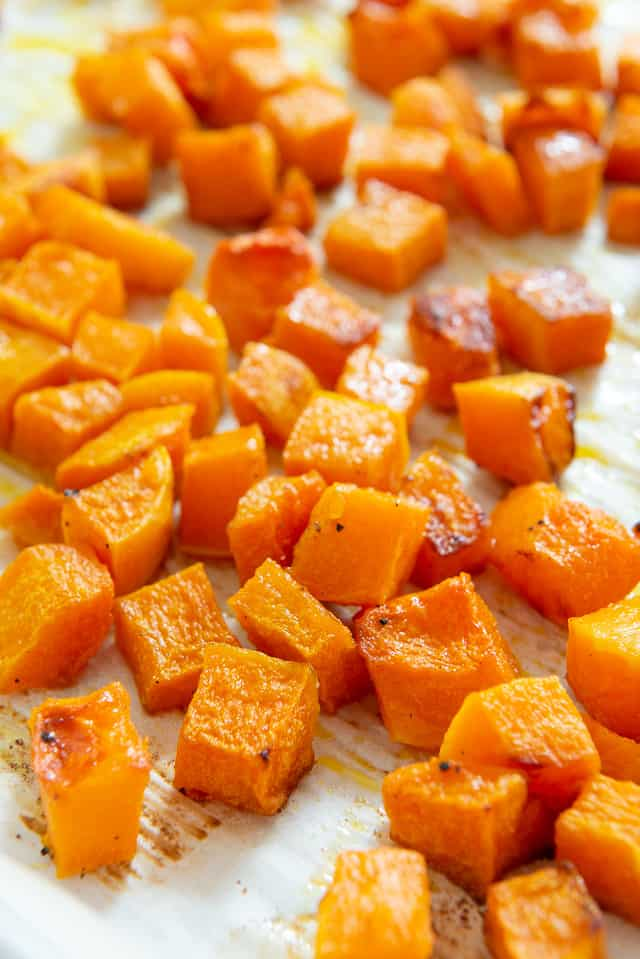 Easy Roasted Butternut Squash #butternut #butternutsquash #oven #recipes #roastedbutternutsquash