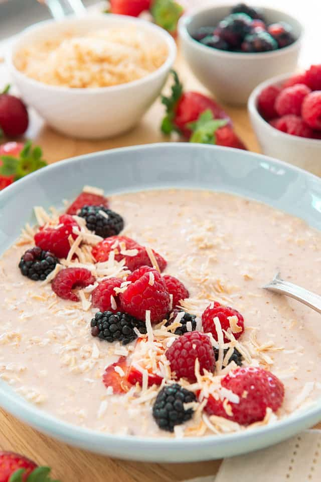Overnight Oats - Simple and Healthy Breakfast Made the Night Before in 5 Minutes