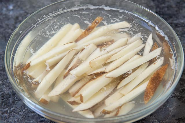 How to Make Crispy Oven Fries by Soaking First